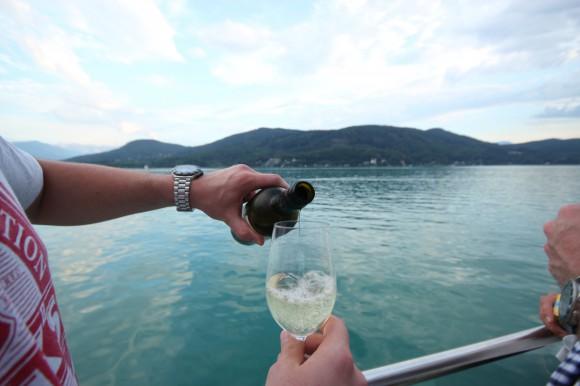 Es wird wieder gefeiert an Bord der MS Klagenfurt. Foto: pixel.at