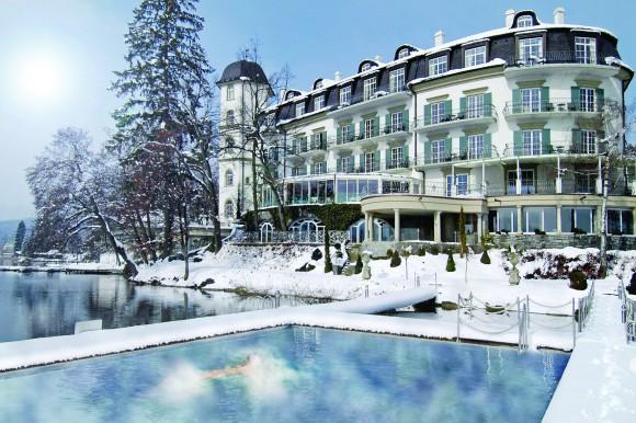 Hotel Schloss Seefels im Winter am Wörthersee.