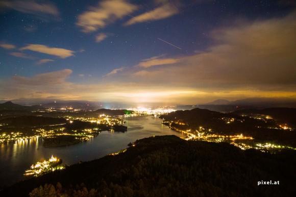 Der Wörthersee bei Nacht. Foto: pixel.at