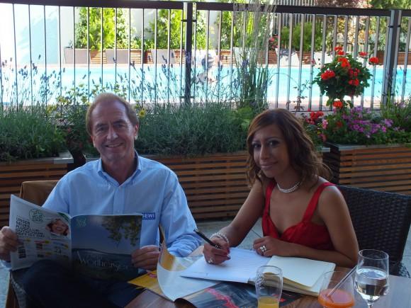 Heribert Kasper im Interview mit Natascha Khani. Foto: Unser Wörthersee