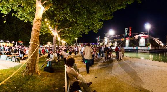 Public Viewing bei der Starnacht am in der Klagenfurter Ostbucht am Wörthersee. Foto: pixelpoint