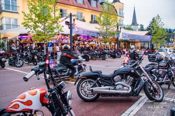 Motorradfahrer sind in Velden willkommen. Foto: pixelpoint