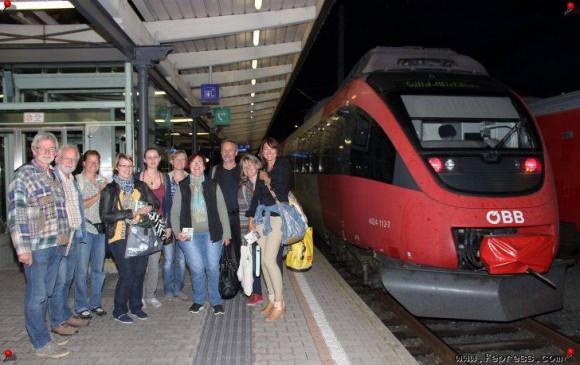 Schreibnacht im Zug. Foto: Manfred J. Schusser